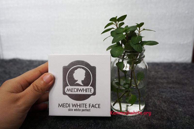 review kem dưỡng trắng da mặt medi white