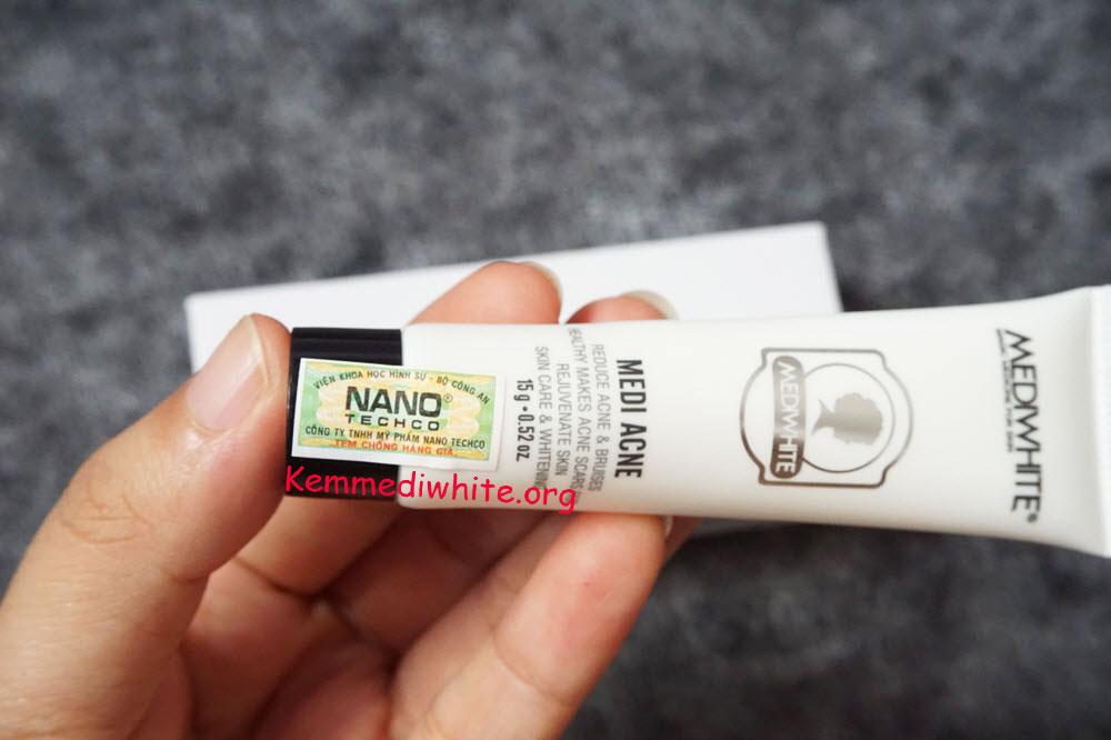 review kem trị mụn medi white